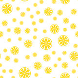 Άνευ ραφής σχέδιο με τη φέτα των λεμονιών επίσης corel σύρετε το διάνυσμα απεικόνισης Στοκ Εικόνες