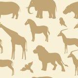 Άνευ ραφής σχέδιο με τις αφρικανικές ζωικές σκιαγραφίες Στοκ φωτογραφία με δικαίωμα ελεύθερης χρήσης