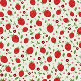 Άνευ ραφής σχέδιο με τις φράουλες και τα λουλούδια Στοκ εικόνες με δικαίωμα ελεύθερης χρήσης