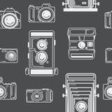 Άνευ ραφής σχέδιο με τις ψηφιακές και αναδρομικές κάμερες Μαύρη άσπρη τυπωμένη ύλη για το ύφασμα Άνευ ραφής υπόβαθρο για τον Ιστό Στοκ Εικόνες