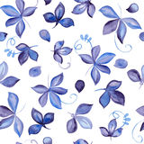 Άνευ ραφής σχέδιο με το μπλε συρμένο χέρι φύλλο watercolor Στοκ φωτογραφία με δικαίωμα ελεύθερης χρήσης
