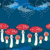 Άνευ ραφής σχέδιο με amanita τα μανιτάρια και τα βροχερά σύννεφα Στοκ φωτογραφία με δικαίωμα ελεύθερης χρήσης