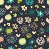 Άνευ ραφής σχέδιο λουλουδιών και καρδιών Στοκ Φωτογραφία