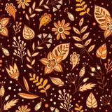 Άνευ ραφής σχέδιο λουλουδιών και χορταριών Floral υπόβαθρο με τα πορτοκαλιά, μπεζ και καφετιά φύλλα και τα φυτά Συρμένο χέρι καλο Στοκ Φωτογραφία