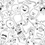 Άνευ ραφής σχέδιο σκίτσων με τα αστεία τέρατα Στοκ Φωτογραφία