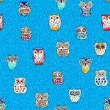 Άνευ ραφής σχέδιο τέχνης γραφικό στην μπλε κουκουβάγια Ελεύθερη απεικόνιση δικαιώματος