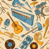 Άνευ ραφής σχέδιο των ζωηρόχρωμων μουσικών οργάνων Στοκ Εικόνες