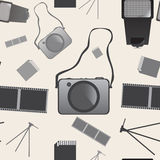 Άνευ ραφής σχέδιο υποβάθρου καμερών φωτογραφιών στο διάνυσμα Στοκ εικόνα με δικαίωμα ελεύθερης χρήσης