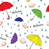 Άνευ ραφής σχέδιο φθινοπώρου με την ομπρέλα Στοκ Εικόνες