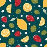 Άνευ ραφής σχέδιο φραουλών και λεμονιών σε σκούρο πράσινο επίσης corel σύρετε το διάνυσμα απεικόνισης Στοκ Φωτογραφίες