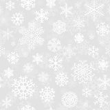 Άνευ ραφής σχέδιο Χριστουγέννων από snowflakes Στοκ Εικόνες