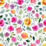 Άνευ ραφής σύσταση των λουλουδιών και των φύλλων watercolor Φωτεινή θερινή τυπωμένη ύλη με το φύλλωμα, τα floral στοιχεία και του Στοκ φωτογραφία με δικαίωμα ελεύθερης χρήσης