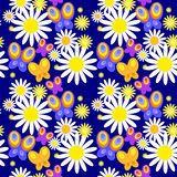 Άνευ ραφής ταπετσαρία με τις διακοσμητικές πεταλούδες Στοκ φωτογραφίες με δικαίωμα ελεύθερης χρήσης