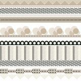 Άνευ ραφής υπόβαθρο με τα γραφικά στοιχεία και τις μαύρες εμφάσεις απεικόνιση αποθεμάτων