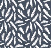 Άνευ ραφής υπόβαθρο με τα φτερά πουλιών Στοκ Εικόνες