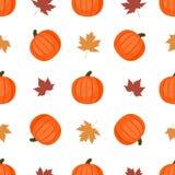 Άνευ ραφής υπόβαθρο με τις κολοκύθες και τα φύλλα φθινοπώρου διανυσματική απεικόνιση