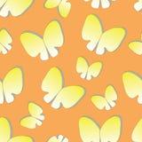 Άνευ ραφής υπόβαθρο με τις πεταλούδες σκιαγραφιών Στοκ Φωτογραφία