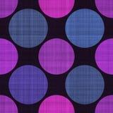 Άνευ ραφής υφαντικό σχέδιο στο Μαύρο με τα μπλε και πορφυρά σημεία στοκ εικόνες