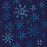 άνευ ραφής snowflakes προτύπων Σχέδιο Χριστουγέννων με μπλε snowflakes στο σκοτεινό υπόβαθρο ναυτικών απεικόνιση αποθεμάτων