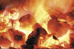 άνθρακες Στοκ φωτογραφία με δικαίωμα ελεύθερης χρήσης