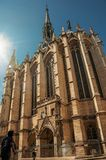 Άνθρωποι και γοτθική εκκλησία sainte-Chapelle στο Παρίσι Στοκ φωτογραφίες με δικαίωμα ελεύθερης χρήσης