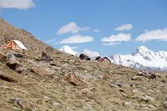 Άνθρωποι νομάδων κοντά στο πέρασμα Khardung, Ladakh, Ινδία Στοκ εικόνα με δικαίωμα ελεύθερης χρήσης