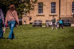 Άνθρωποι που επισκέπτονται το σπίτι του Weston βασιλιάδων Στοκ Φωτογραφίες