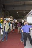 Άνθρωποι που επισκέπτονται AquaTherm 2012 στην Πράγα Στοκ Εικόνες