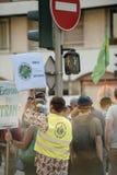Άνθρωποι που διαμαρτύρονται ενάντια στην ατμοσφαιρική ρύπανση Στοκ Φωτογραφία