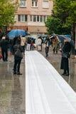 Άνθρωποι που διαμαρτύρονται την εκδήλωση κύβος-μέσα ενάντια στη μετανάστευση polic Στοκ φωτογραφία με δικαίωμα ελεύθερης χρήσης