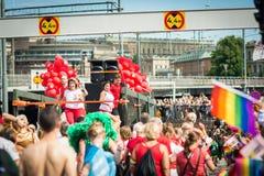 Άνθρωποι που συμμετέχουν στην παρέλαση υπερηφάνειας της Στοκχόλμης Στοκ Φωτογραφία