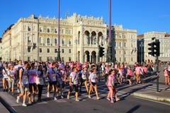 Άνθρωποι που συμμετέχουν στο χρώμα που οργανώνεται στην Τεργέστη, Ιταλία Στοκ εικόνα με δικαίωμα ελεύθερης χρήσης