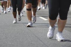 άνθρωποι που τρέχουν την ο Στοκ Εικόνα