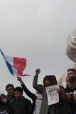 Άνθρωποι που τραγουδούν Marseillaise στο Παρίσι Στοκ φωτογραφία με δικαίωμα ελεύθερης χρήσης