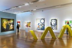 Άνθρωποι σε μια έκθεση τέχνης στο μουσείο Malba στο Μπουένος Άιρες Στοκ φωτογραφία με δικαίωμα ελεύθερης χρήσης