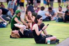Άνθρωποι σε μια συναυλία Download στο φεστιβάλ μουσικής βαρύ μετάλλου στοκ φωτογραφίες