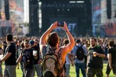 Άνθρωποι σε μια συναυλία Download στο φεστιβάλ μουσικής βαρύ μετάλλου στοκ εικόνες με δικαίωμα ελεύθερης χρήσης