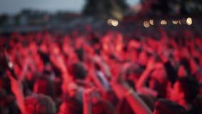 Άνθρωποι σε μια συναυλία απόθεμα βίντεο