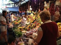 Άνθρωποι στην αγορά Στοκ Εικόνες