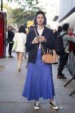 Άνθρωποι στην οδό κατά τη διάρκεια της μόδας WeekPeople του Λονδίνου στην οδό κατά τη διάρκεια της εβδομάδας μόδας του Λονδίνου στοκ φωτογραφίες με δικαίωμα ελεύθερης χρήσης