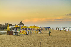 Άνθρωποι στην παραλία Φορταλέζα Βραζιλία στοκ φωτογραφία