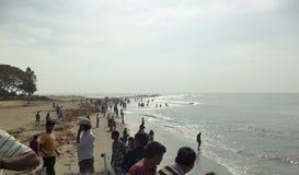 Άνθρωποι στην παραλία Kochi οχυρών, Kochi, Κεράλα, Ινδία Στοκ Φωτογραφίες