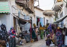 Άνθρωποι στις καθημερινές στερεότυπες δραστηριότητές τους που σχεδόν αμετάβλητες σε περισσότερο από τετρακόσια έτη Harar Αιθιοπία Στοκ φωτογραφία με δικαίωμα ελεύθερης χρήσης