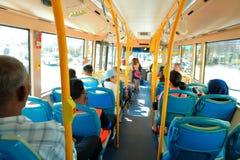 Άνθρωποι στο λεωφορείο Στοκ φωτογραφία με δικαίωμα ελεύθερης χρήσης