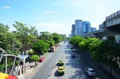 Άνθρωποι στο δρόμο κυκλοφορίας στη Μπανγκόκ Ταϊλάνδη Στοκ εικόνες με δικαίωμα ελεύθερης χρήσης