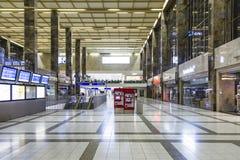 Άνθρωποι στο σταθμό Westbahnhof στη Βιέννη Στοκ εικόνες με δικαίωμα ελεύθερης χρήσης