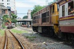 Άνθρωποι στο ταϊλανδικό τραίνο Στοκ Εικόνες