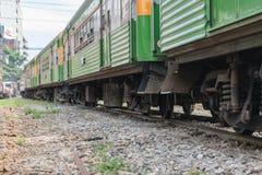 Άνθρωποι στο ταϊλανδικό τραίνο Στοκ Εικόνα