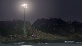 Άνθρωποι τη νύχτα στην παραλία Ipanema Στοκ Φωτογραφίες