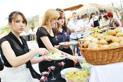 Άνθρωποι τροφίμων μπουφέδων Στοκ Εικόνα